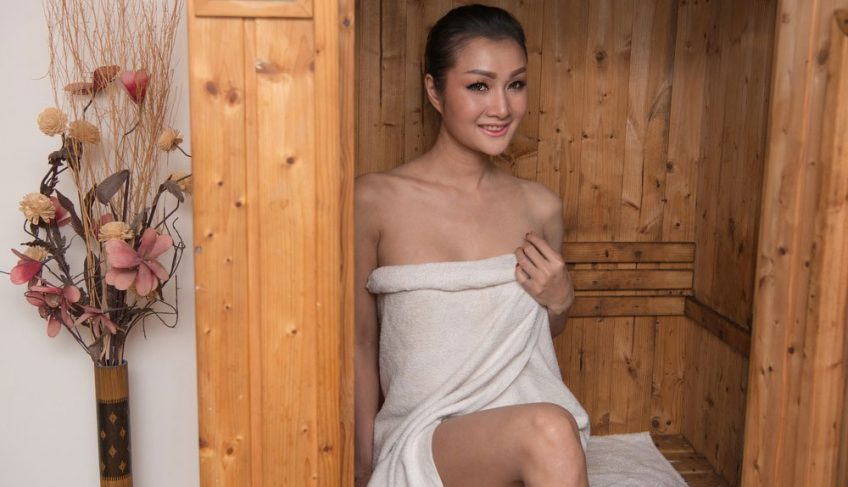 Infrared Sauna vs Steam Room – All the Possible Health Benefits & Risks