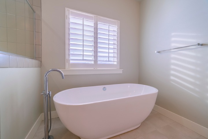 Freestanding Tubs review