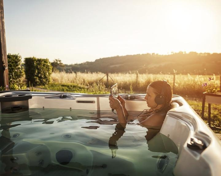 How to Set Up a Portable Hot Tub