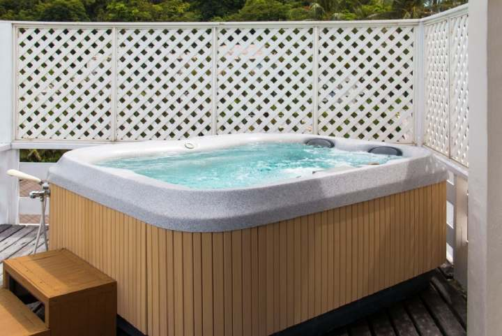 hot tub set up